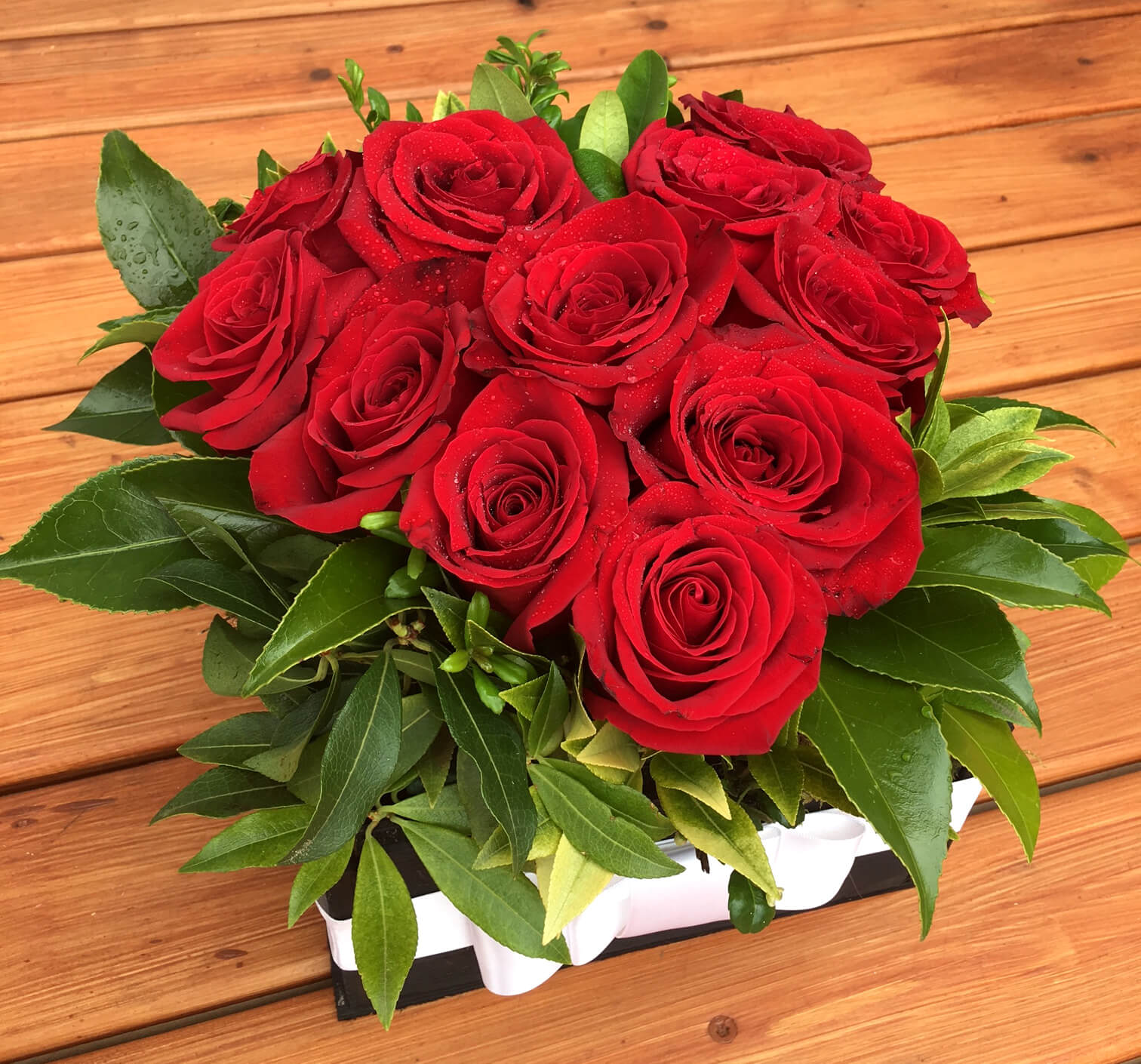 Rose delivery Marysville Washington | Heart Shaped Box | Free delivery